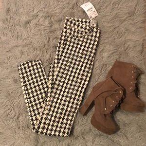 Zara black and white checkered Jegging